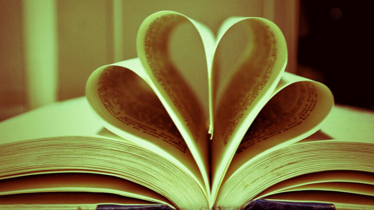 Ali že pišeš svojo knjigo užitkov?